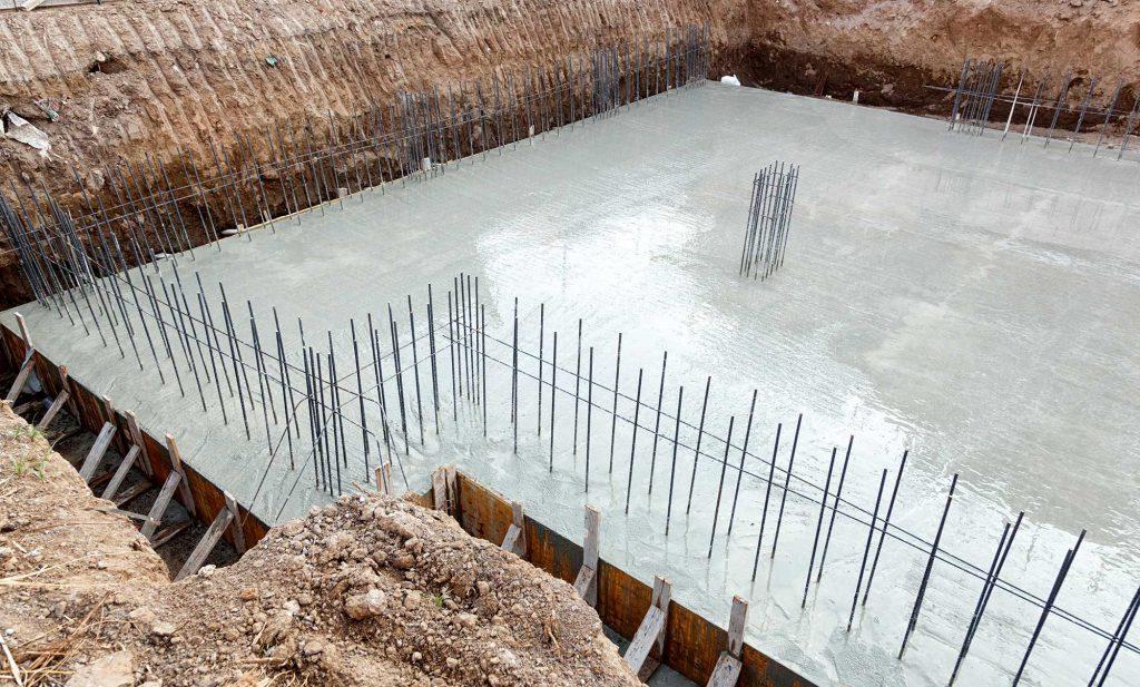 Bauherren Mithilfe beim Hausbau und Kosten sparen